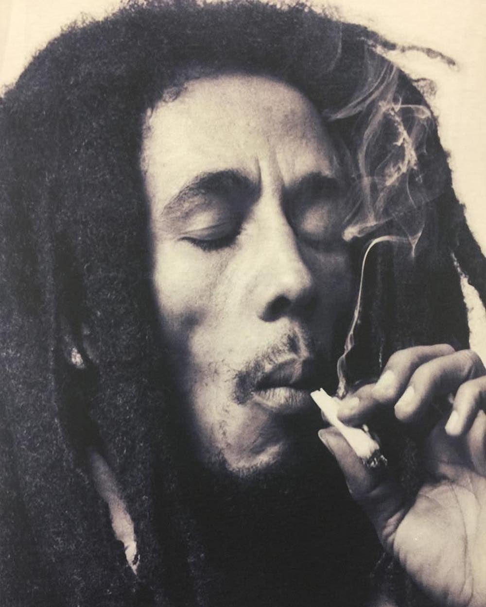93 3 Mil Curtidas 441 Comentarios Bob Marley Bobmarley No Instagram Quot Once You Smoke Herb It Bob Marley Pictures Bob Marley Art Bob Marley Tattoo