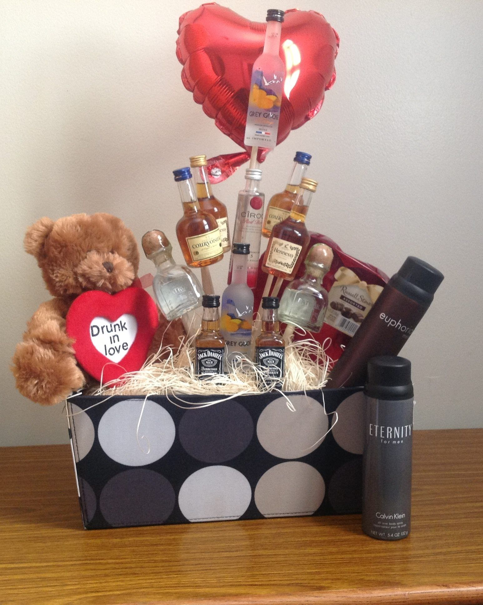 Valentines Day Gift Basket For Him Like What You See Follow Me On Fb Www Fac Valentine Gift Baskets Valentine S Day Gift Baskets Cute Valentines Day Gifts