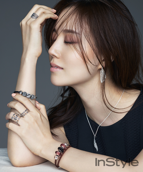 Korean Actress Moon Chae Won InStyle Magazine October 2015