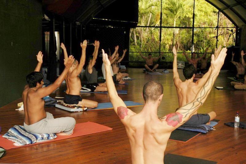 hawaii gay retreat