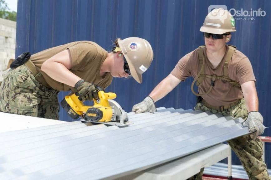 6 High Salary Clean Energy Jobs Which Are In Demand Gooslo Info Roof Repair Commercial Roofing Roofing Services