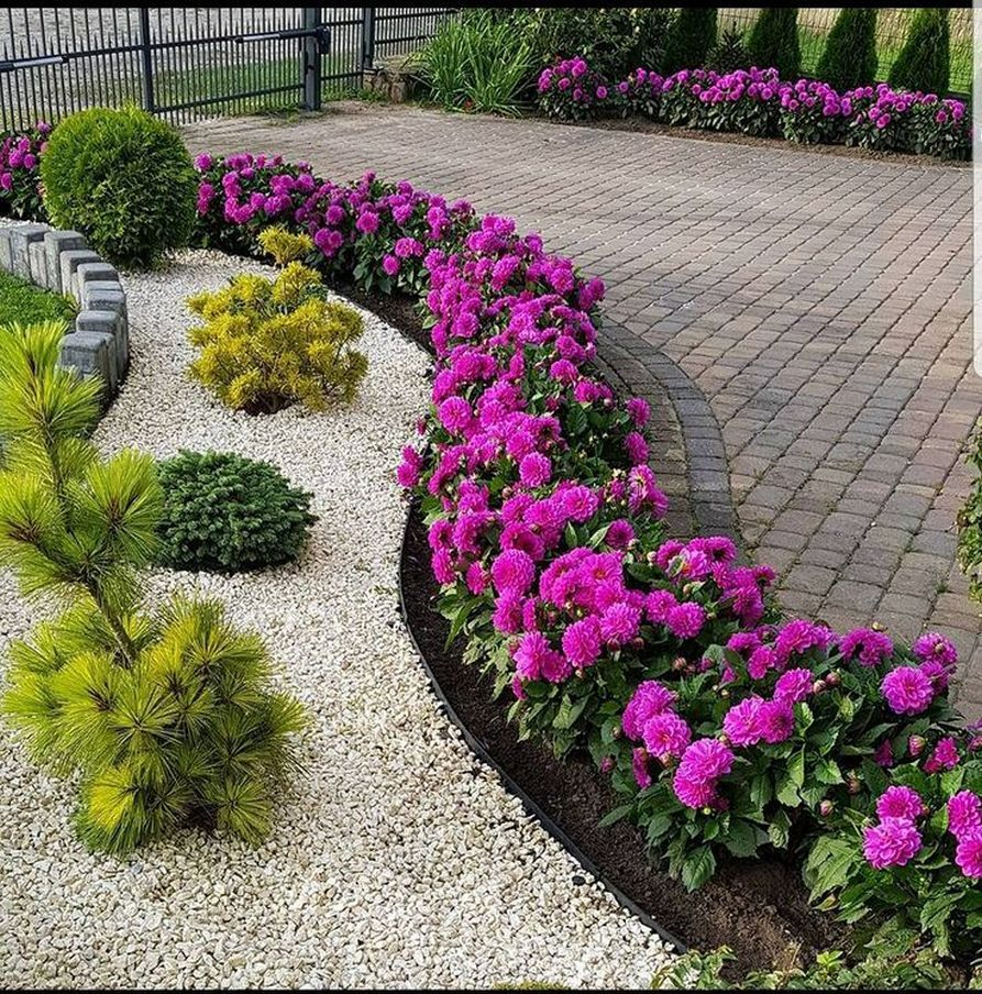 20 Low Maintenance Front Yard Landscaping Ideas for Spring 2020  is part of Small front yard landscaping, Front yard garden, Yard landscaping, Front yard landscaping design, Backyard landscaping designs, Front landscaping - Who doesn't want to have a beautiful front yard that inviting and appealing this year spring  A Front yard full of nicelooking flowers, topiaries