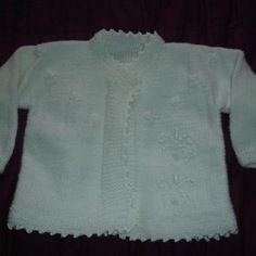 Gilet de baptême en tricot blanc brodé 9 mois