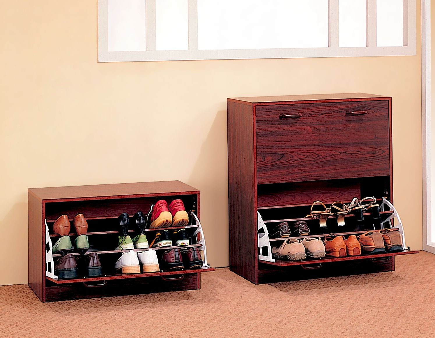 Traditional Style Small Shoe Rack With Single Storage Rack Space