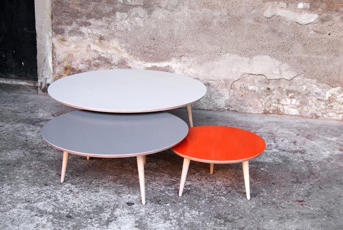 table basse ronde gigognes sur mesure esprit vintage. Black Bedroom Furniture Sets. Home Design Ideas