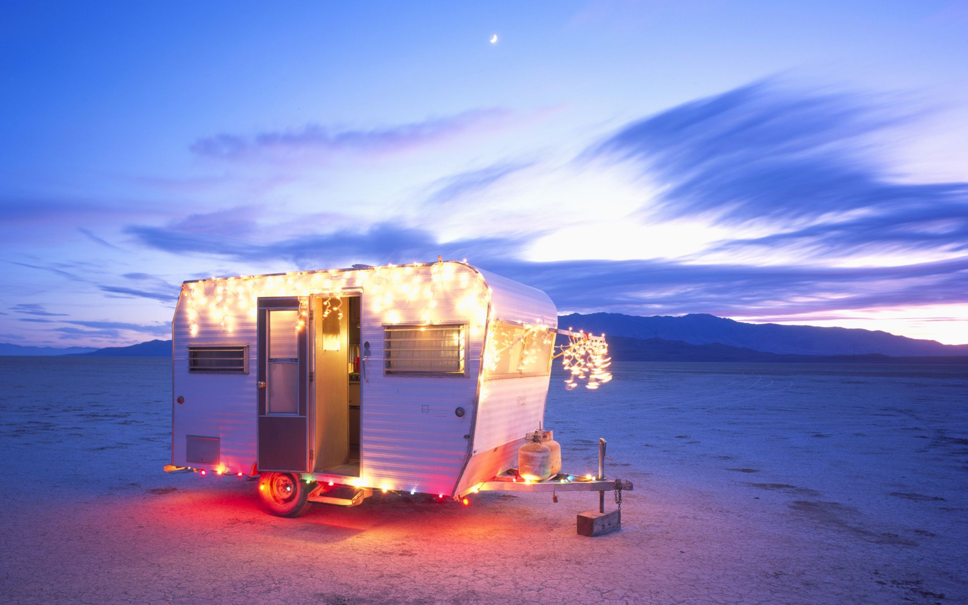 Christmas card pics with our trailer (crazy early for me to be ...