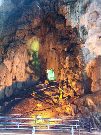 クアランプールの観光地、バトゥ洞窟。クアランプール 旅行・観光のおすすめスポット!