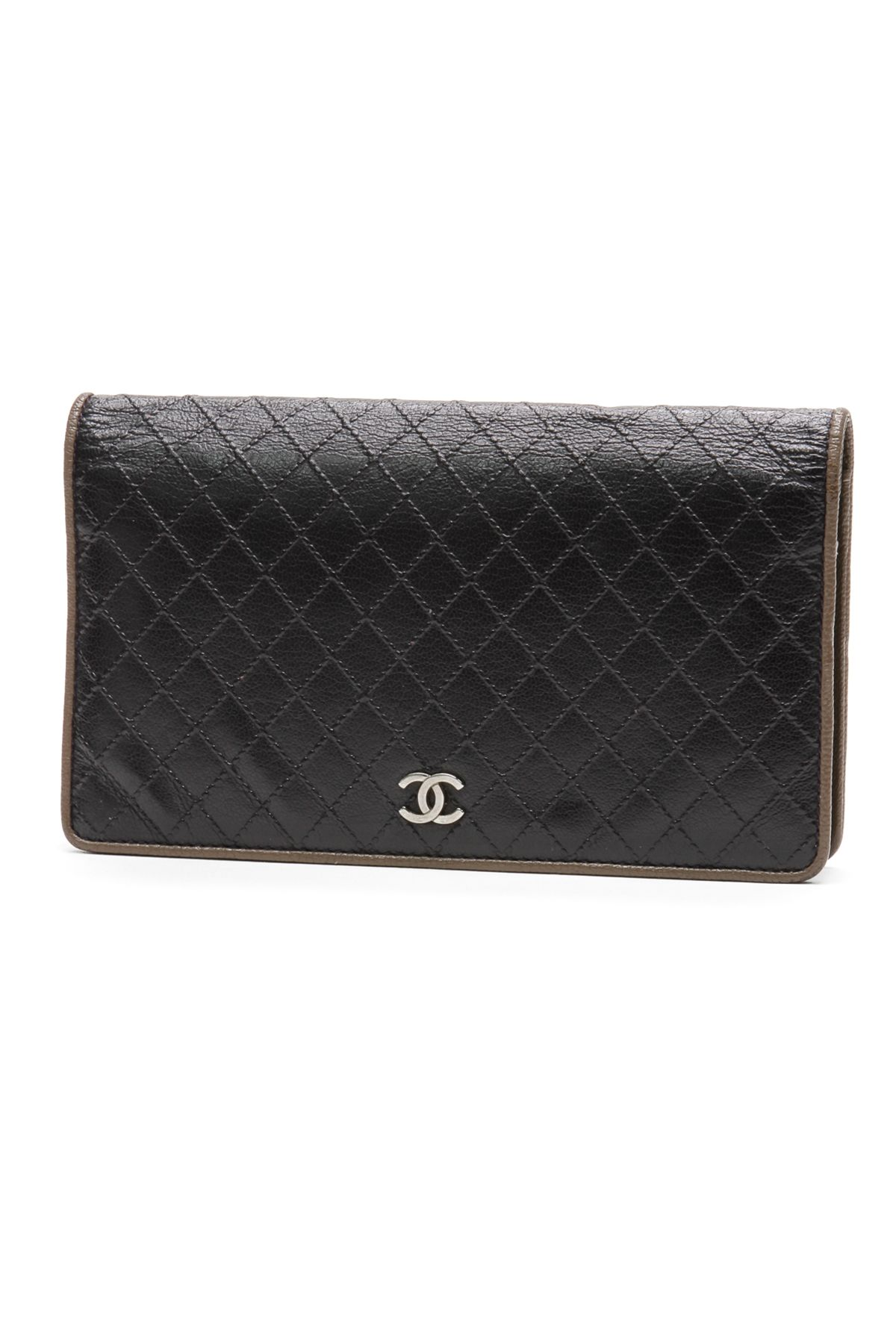ee4ed5663c65 Chanel quilted calfskin wallet (our price: 549.99) | Crazy for Coco ...
