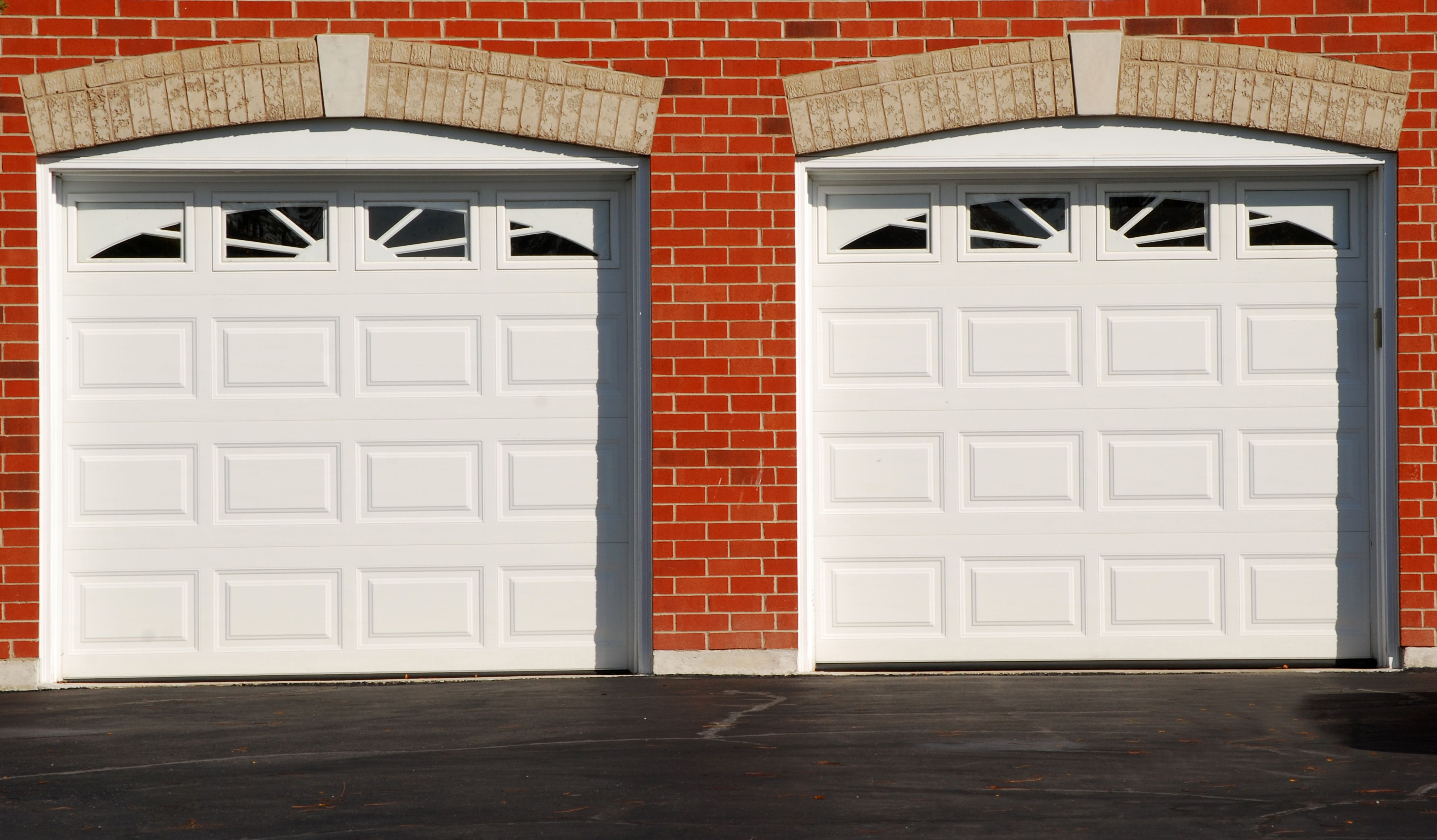 Yes you can paint your garage door. The garage door should accent the exterior & Yes you can paint your garage door. The garage door should accent ...
