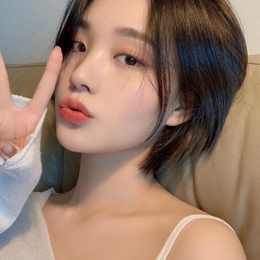 수빈(@sooviin38) • Instagram写真と動画 in 2021   Beauty girl, Uzzlang girl,  Ulzzang girl