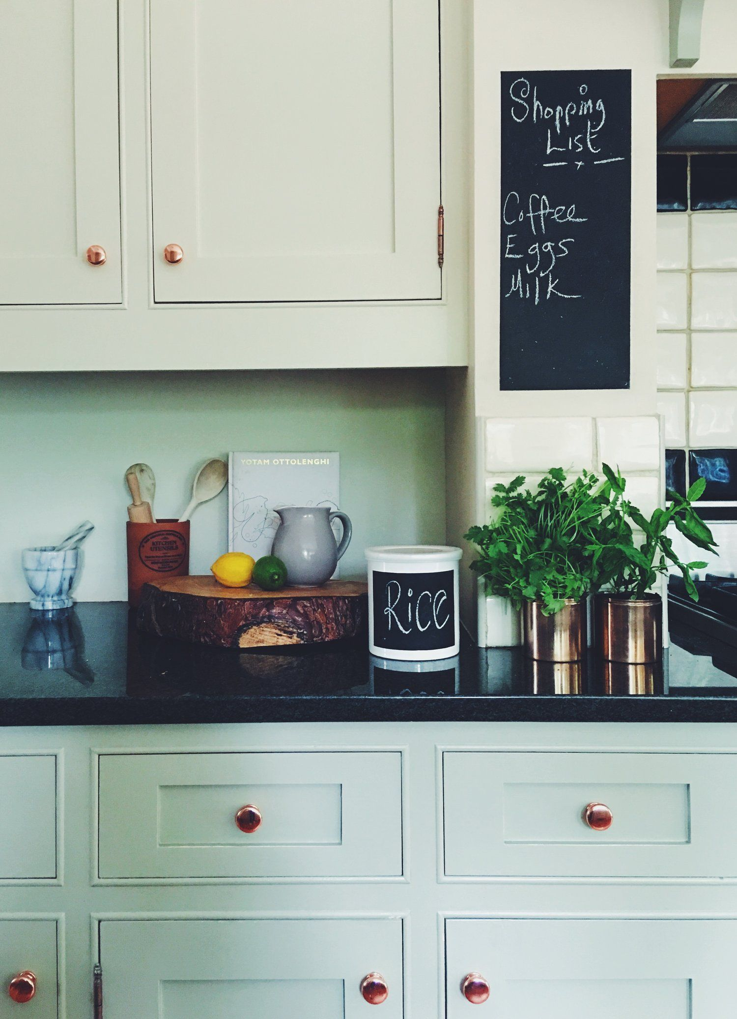 How To Use Chalkboard Paint In Your Home | Pinterest | Chalkboard ...