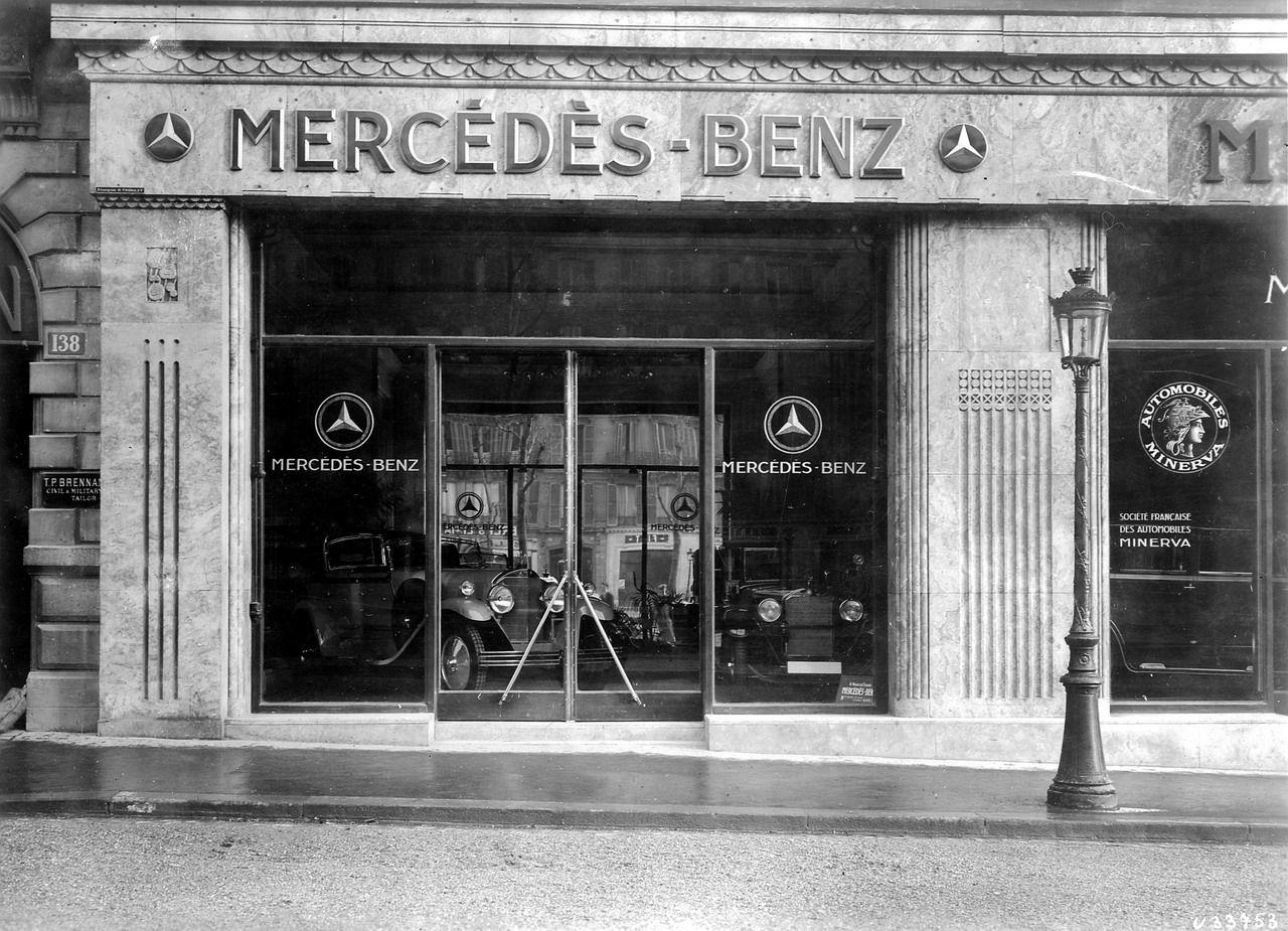 110 Dealerships Of Yesteryear Ideas Car Dealership Old Cars Dealership