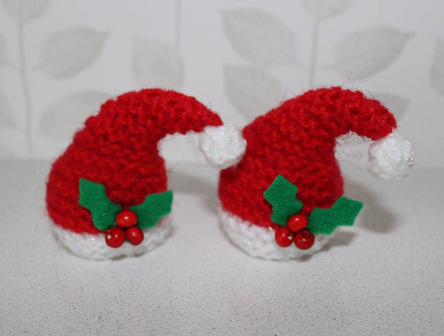 KNITTING PATTERN /& WOOL FOR 2 CHRISTMAS TREE FERRERO CHOCOLATE COVERS
