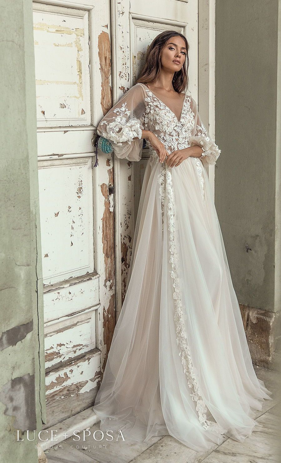Luce Sposa Spring Summer 2021 Wedding Dresses Istanbul Paris Bridal Collections Wedding Inspirasi Wedding Dresses Summer Wedding Dress Wedding Dress Long Sleeve [ 1485 x 900 Pixel ]