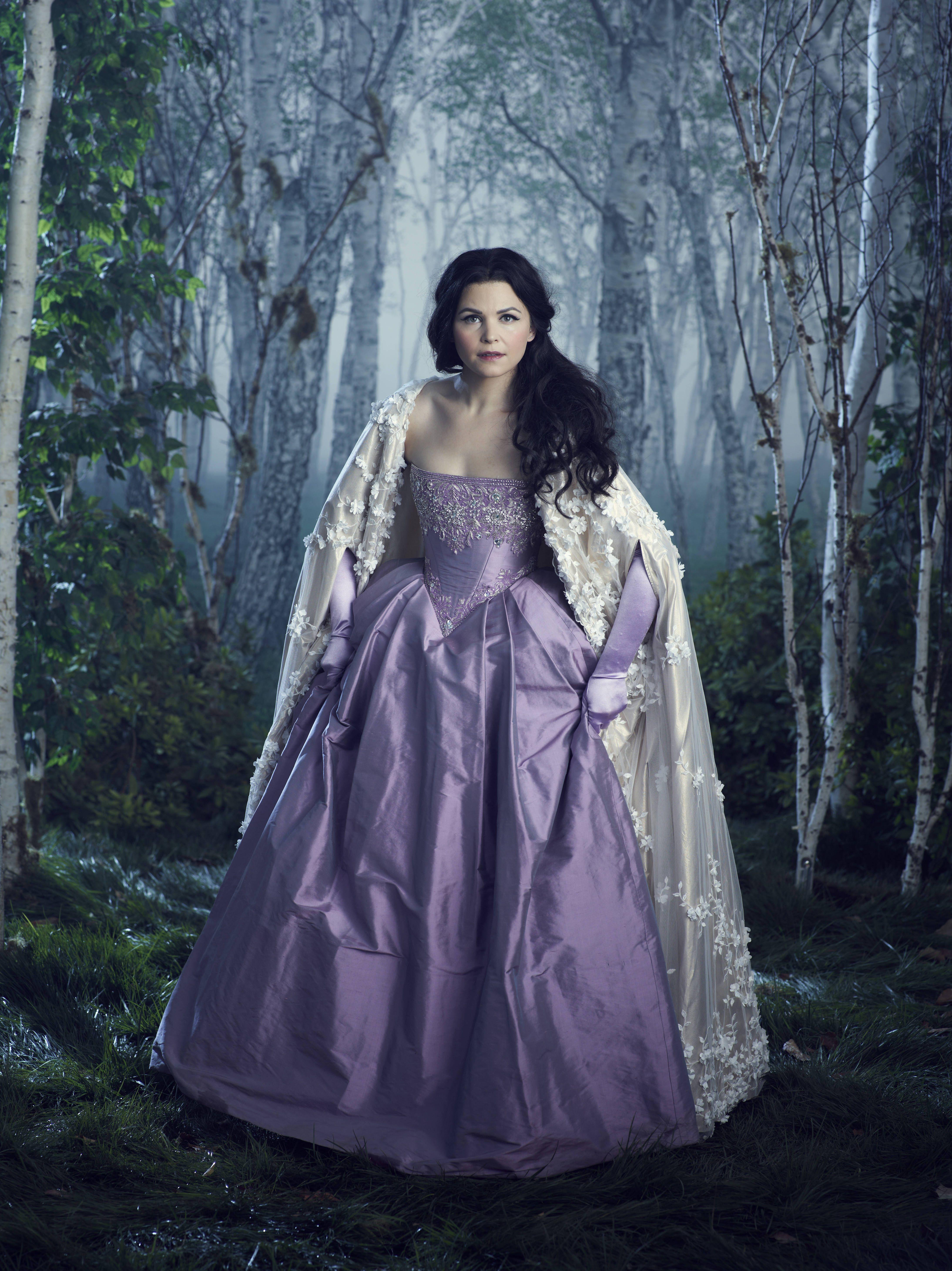 43++ Snow white wedding dress movie information