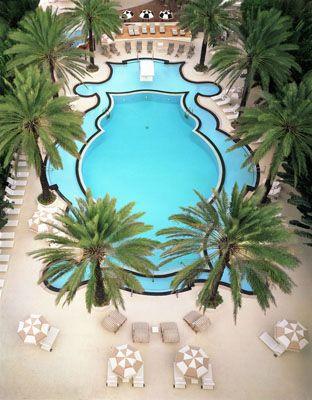The Raleigh Hotel in Miami Beach is South Beach