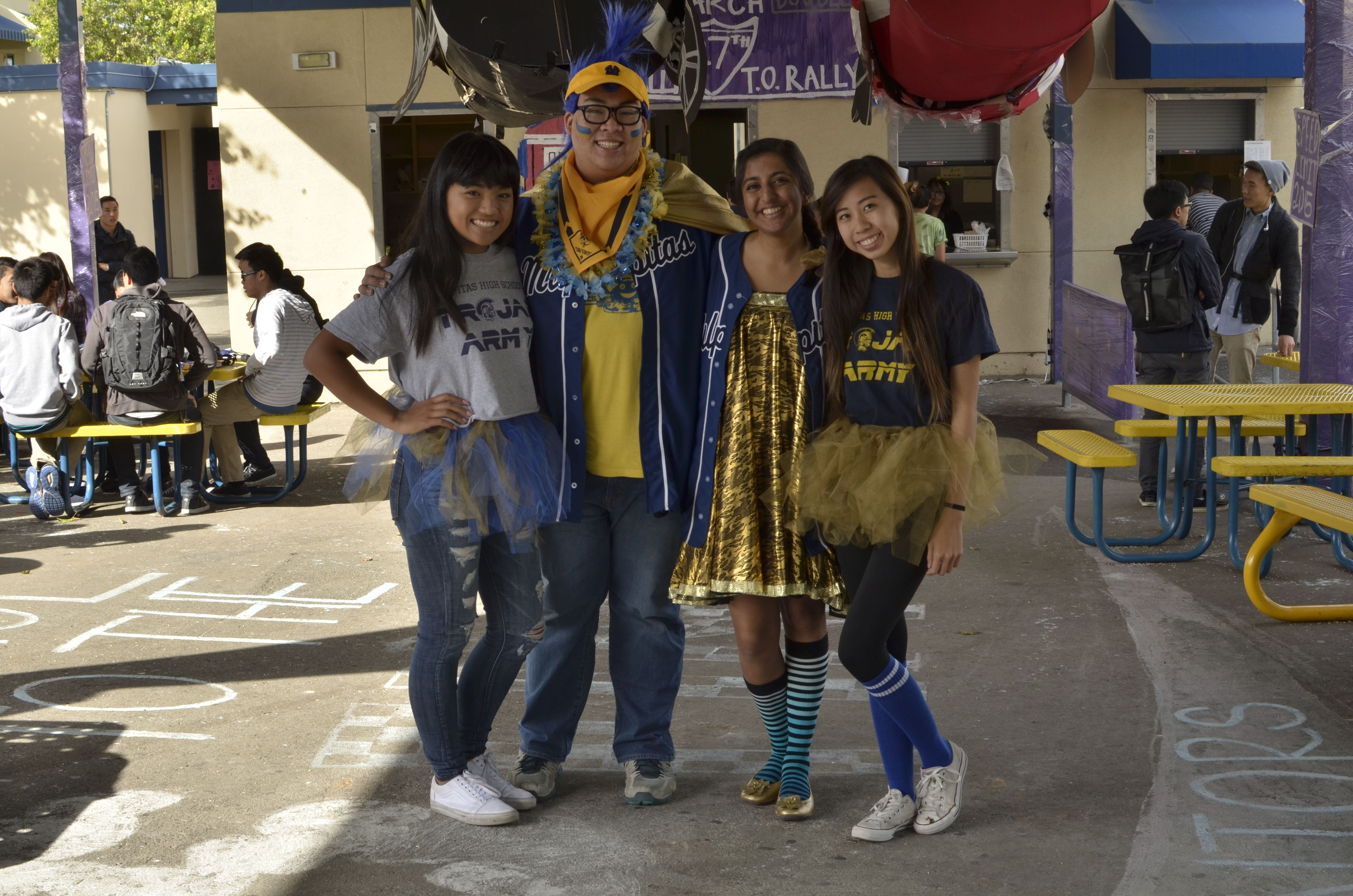 I love my Core  uc Spirit Day outifts Blue and Gold Day  ASB