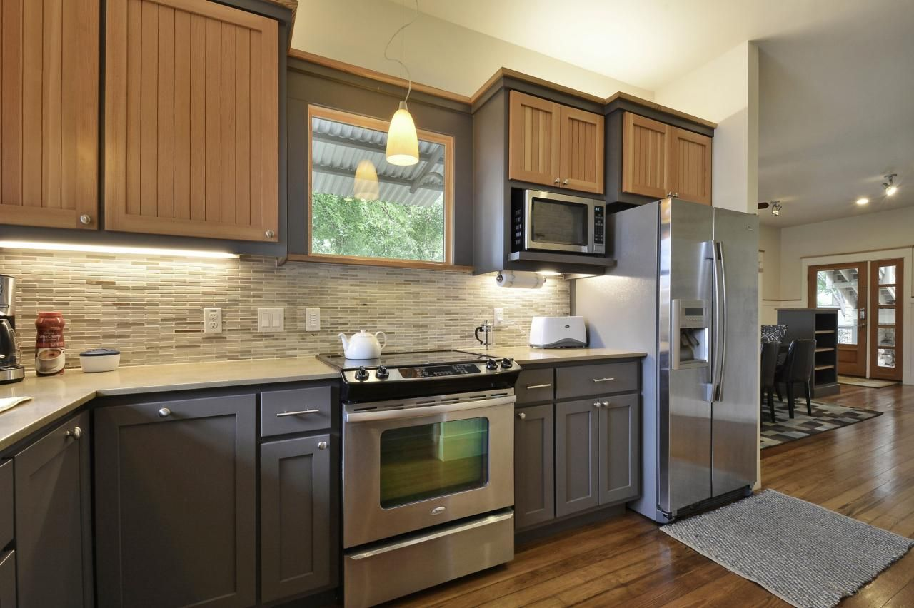 Creative And Modern Design Two Tone Kitchen Cabinets Ideas