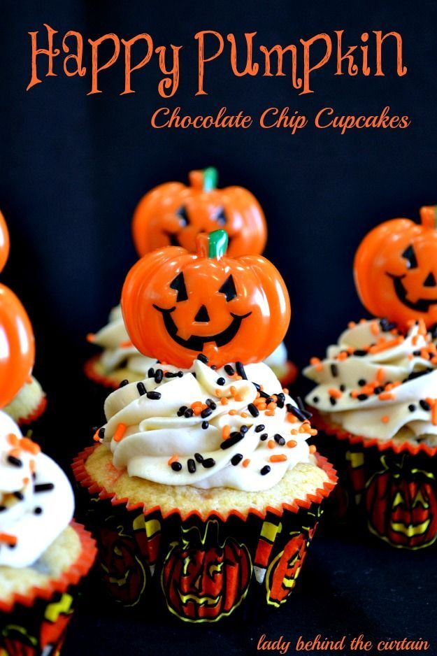 These Happy Pumpkin Halloween Chocolate Chip Cupcakes Have A