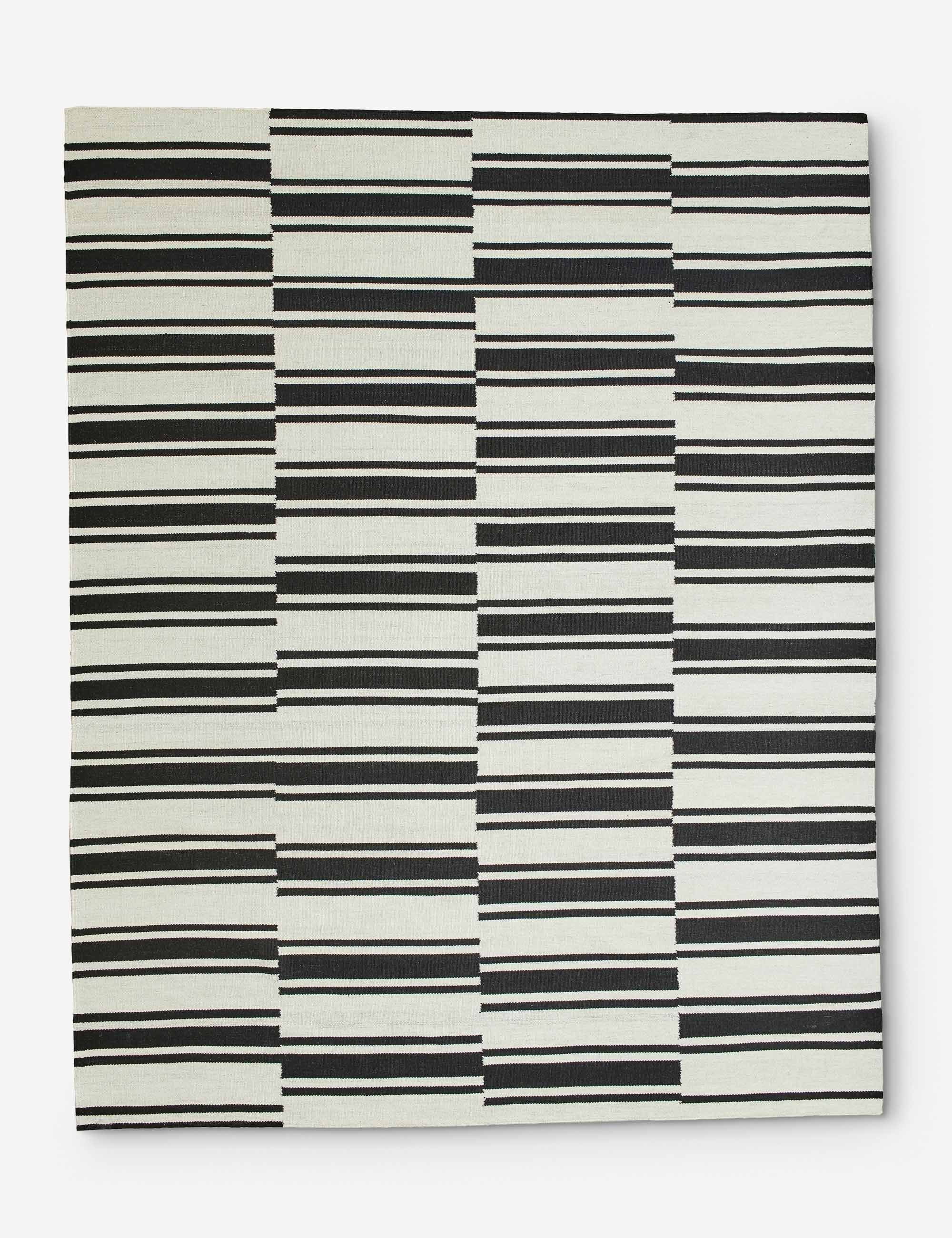 Kye Rug Black And White 8 X 10 In 2020 White Rug Striped Rug