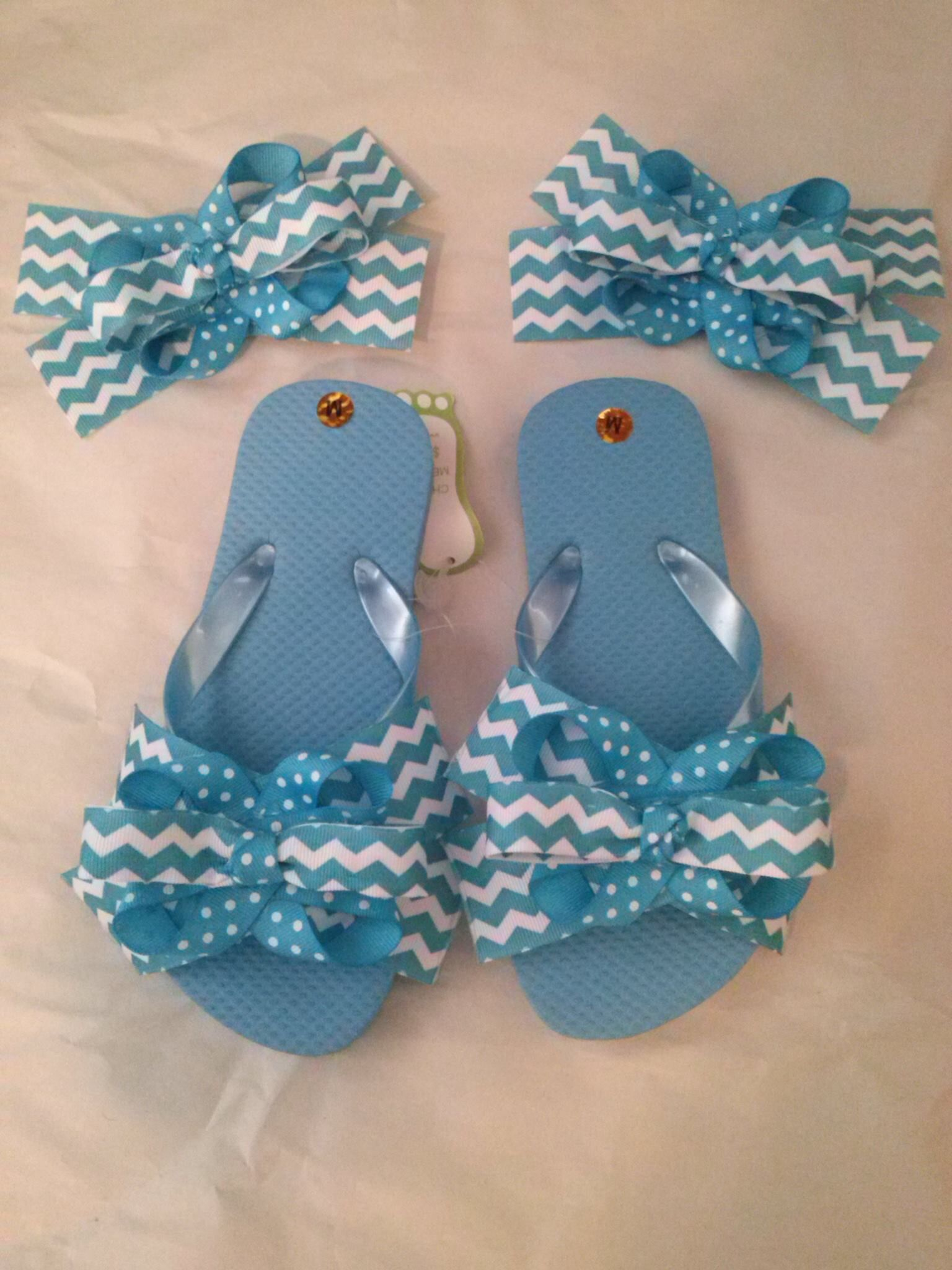 8ebe8221df59d4 Flip flops and matching hair bows!