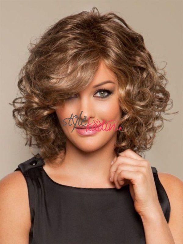 Kivircik Sac Modelleri 2019 2020 Kisa Orta Ve Uzun Trendler Ve Moda Curlyhairstyles Mediumhairstyles Haircut Kalin Saclar Dogal Bukleli Sac Uzun Sac