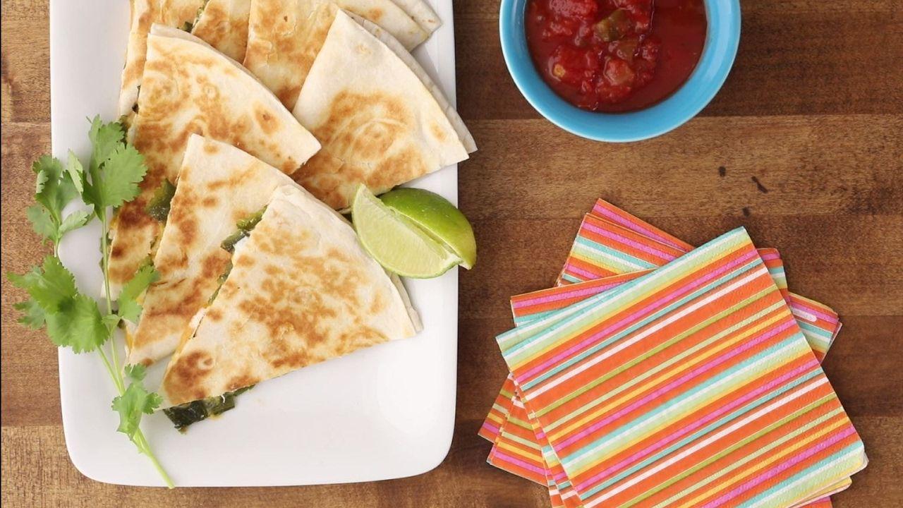 Snack Recipes - How to Make Jalapeno Popper Quesadillas