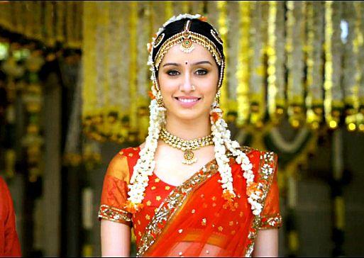 Shraddha Arya Hot Beautiful Photos That Will Make Your Day: Www.weddingstoryz.com Desi Indian Bride Dulhan Make Up