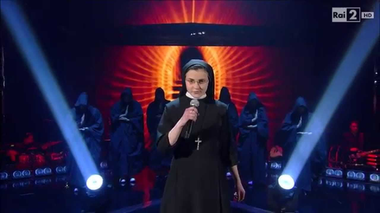 "The Voice ITALY - Suor Cristina Scuccia sings ""What a Feeling"" We LOVE  #SuorCristina !"