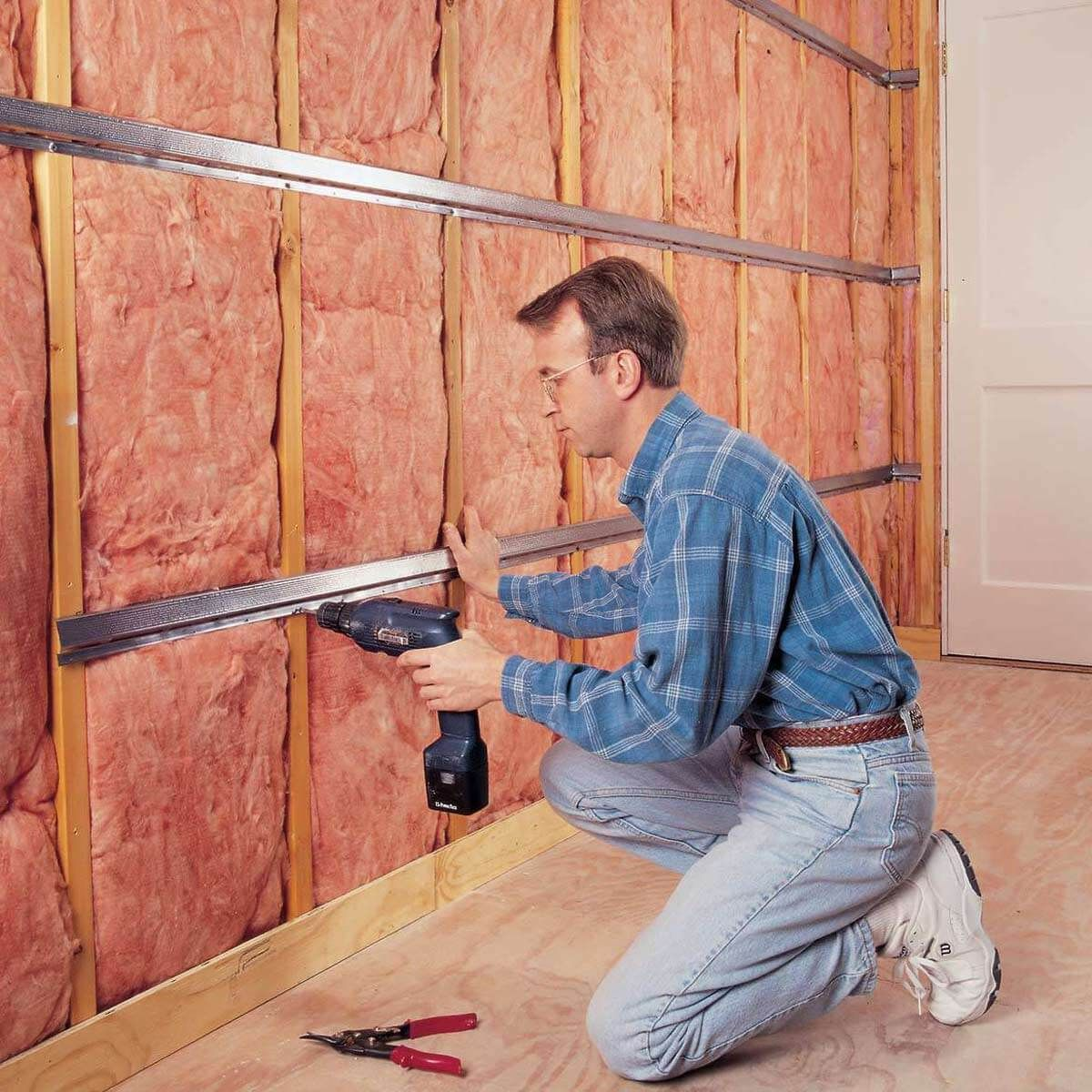 12 Best Ways To Heat A Garage In The Winter Soundproof Room Sound Proofing Soundproofing Walls