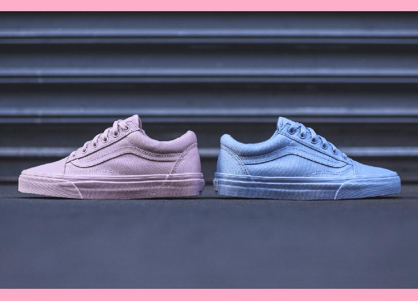 0abf6d0109eda0 Die Vans Old Skool sind ein Musthave in jedem Schuhschrank. Jetzt kommt der  Kultsneaker in zwei neuen Colourways auf den Markt  Peach Blush   Skyway  Blue!