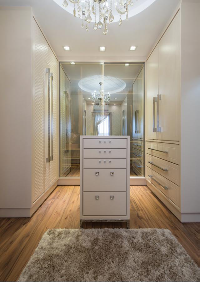 Closets com portas – veja modelos modernos e maravilhosos mais dicas!  house -> Sonhar Banheiro Feminino