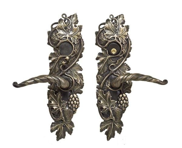 Pin on Doorknobs & Door Pulls
