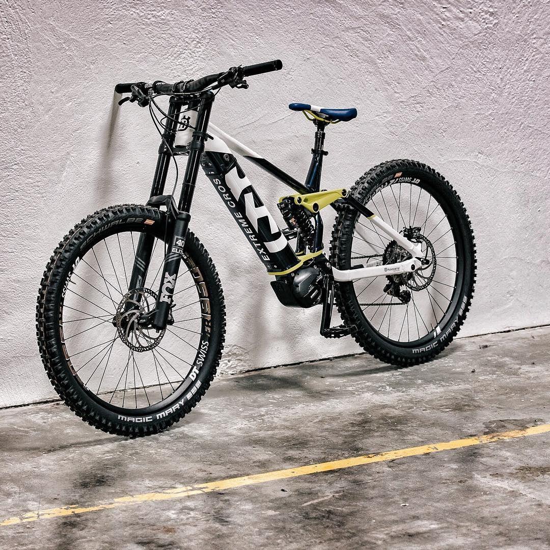 Extremecross Preparing To Hit The Ground Running In 2019 Husqvarna Husqvarnabicycles Bicycle Bike Ebike Mountainbike E Mtb Fahrrad