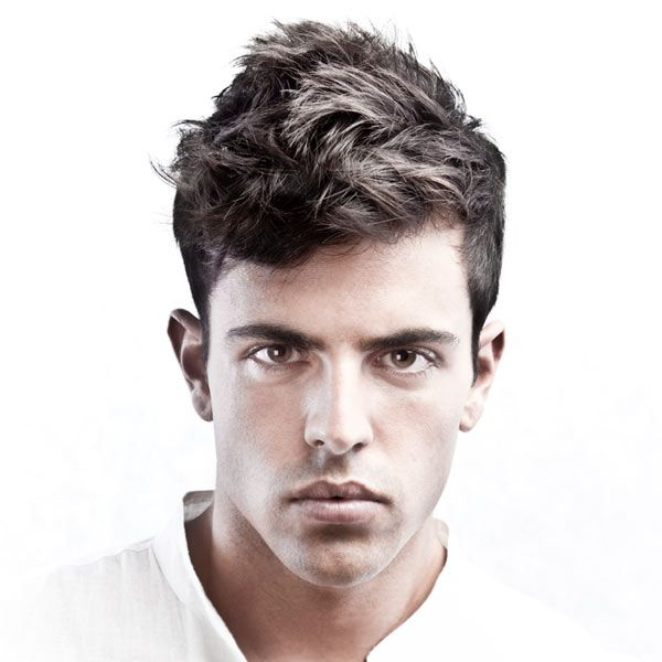 Layered-Haircuts-for-Thick-Hair-Men-