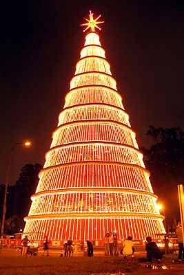 Brazil Christmas.Brazil Christmas In Brazil Is Celebrated With Papai Noel