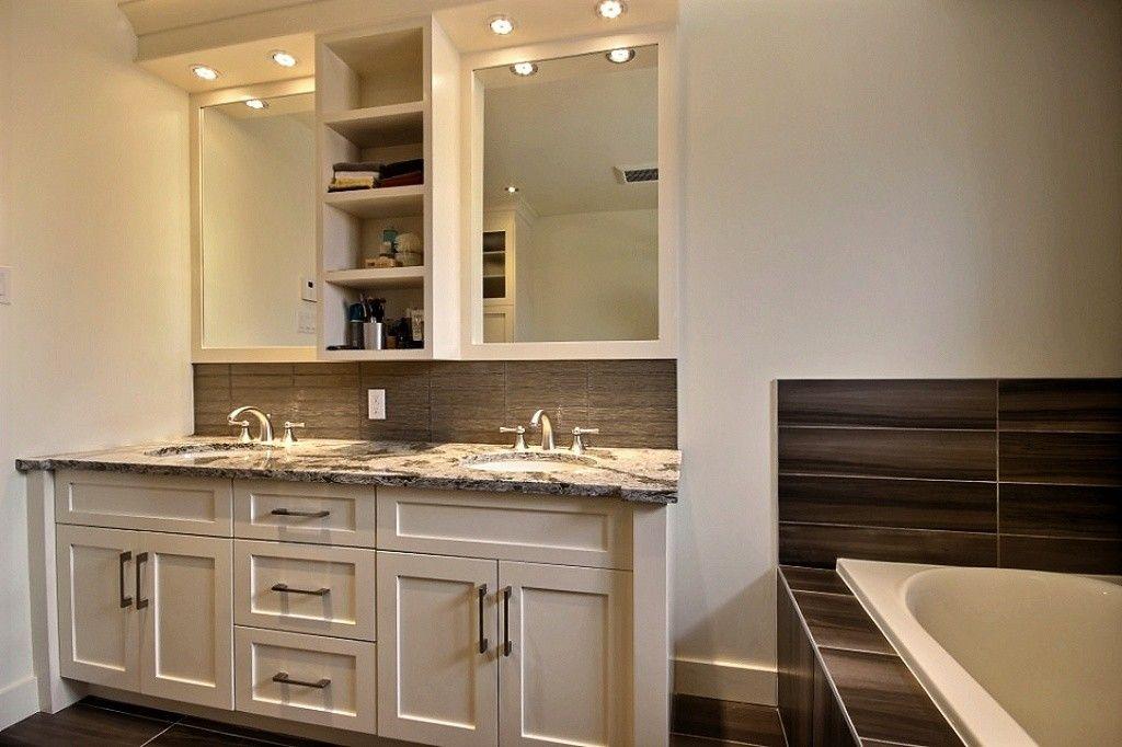 Ac Shaker Doors Quartz Counter Portes Shaker Comptoir De Quartz Bathroom Design Salle De Bain Alpin Vanity Double Vanity Bathroom Vanity
