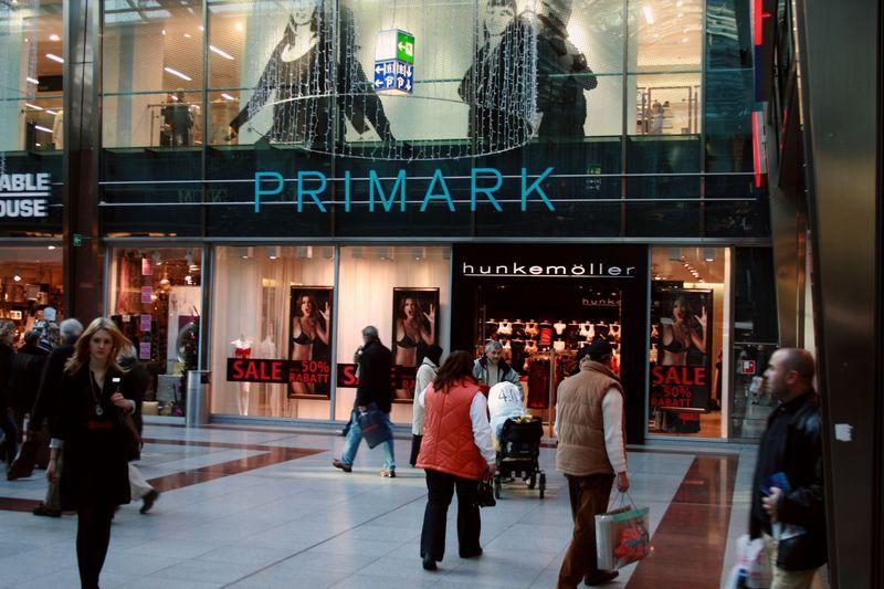 Primark Frankfurt Main Germany Heaven For Every Shopping Victim Frankfurt Primark Fahren