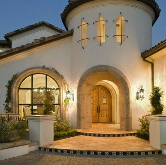 Pin By Deborah Hyde On Inspiring Homes Spanish Style Homes Spanish House Spanish Architecture