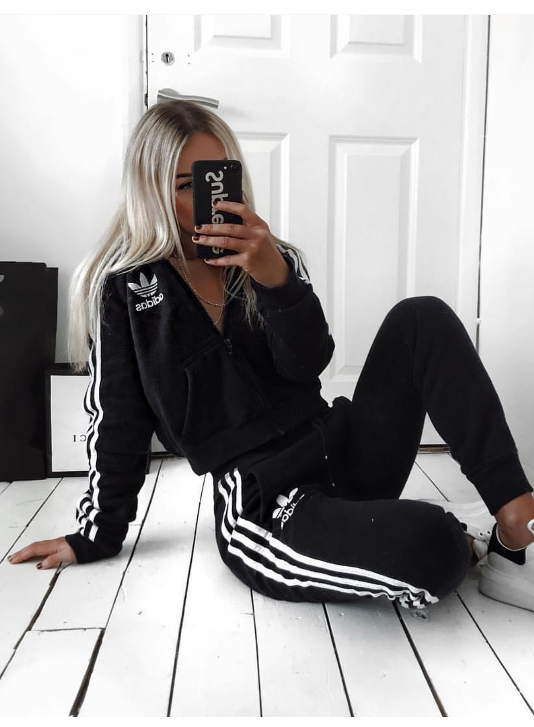 Cute Adidas Outfits For Women  Black Adidas Sweatpants & Black