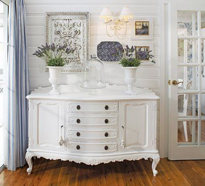 White on white with a splash of blue---perfect!