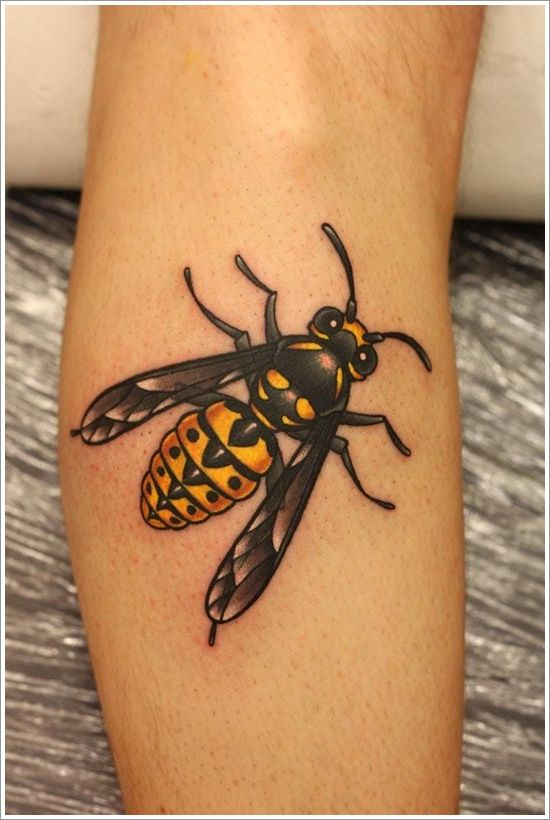 28 Cute Queen Bee Tattoo Designs for Women and Men | Tattoos