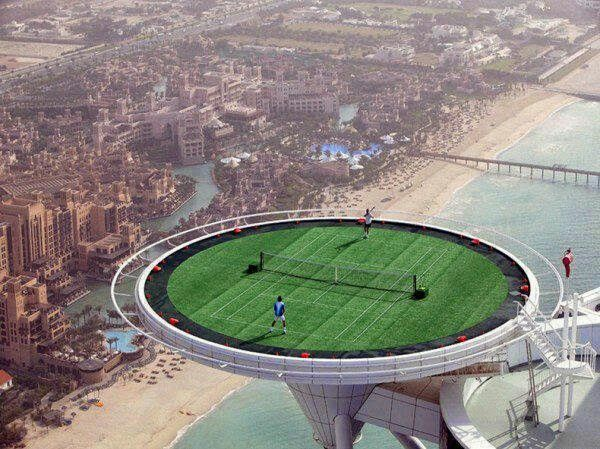 Sky high tennis court in Dubai