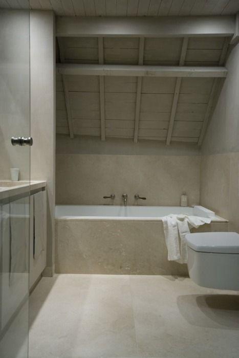 Amazing tile colour hytte interi r pinterest for Tight space bathroom designs