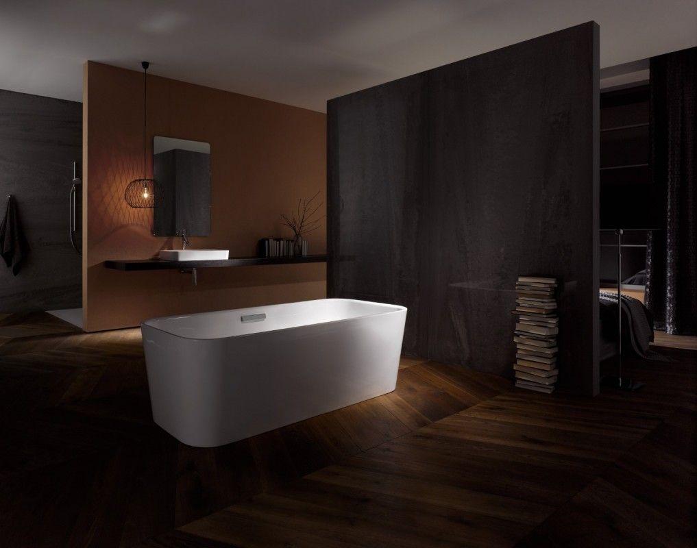 Makeyourhome De Bette Gmbh Co Kg Freistehende Badewanne Freistehende Im Dunkel Badezimmer Minimalistisches Badezimmer Badewanne Dunkle Badezimmer