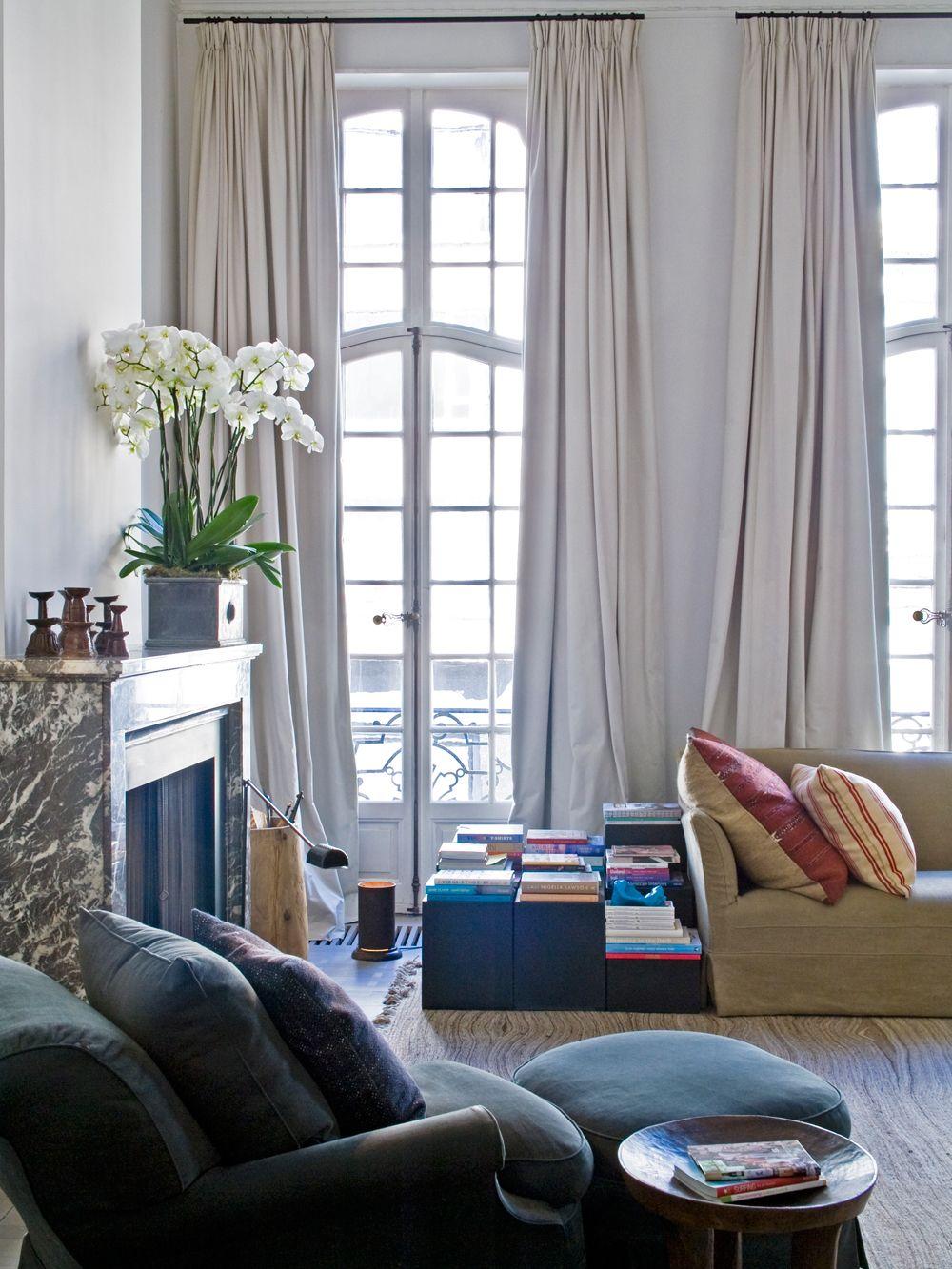 Wohntraum in Antwerpen | Shelves, Interiors and Walls