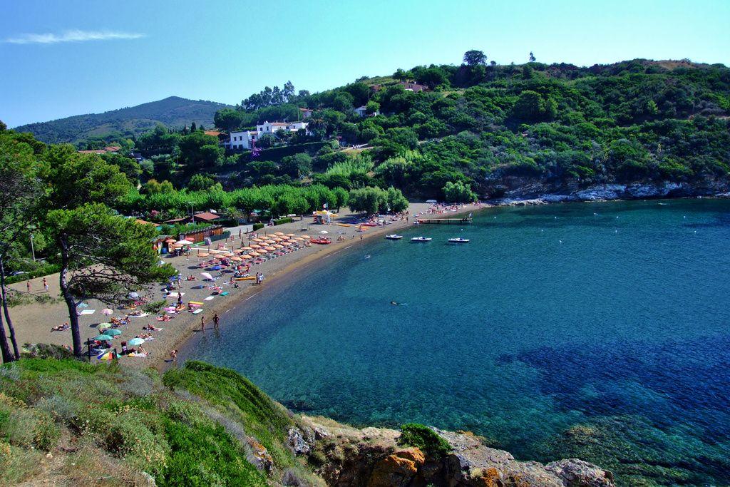 Camping, bungalows e appartamenti. Porto Azzurro, Isola d