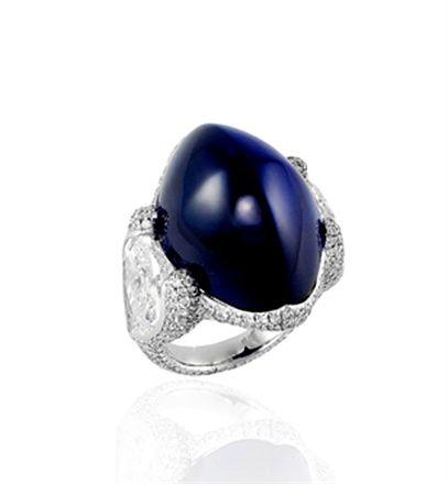 High Cabochon Sapphire. Bogh-Art