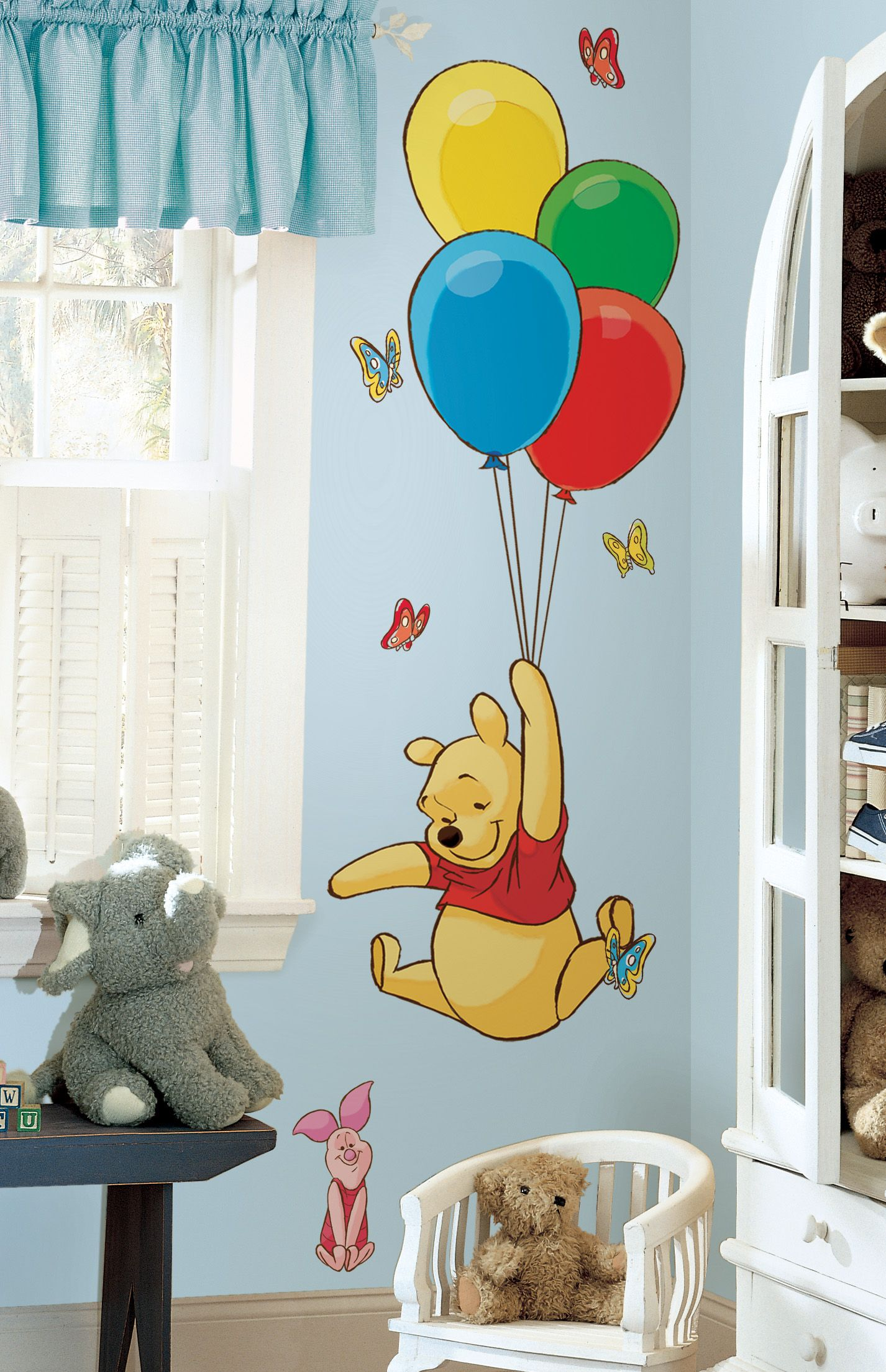 Winnie the Pooh and Piglet - Large Wall Stickers