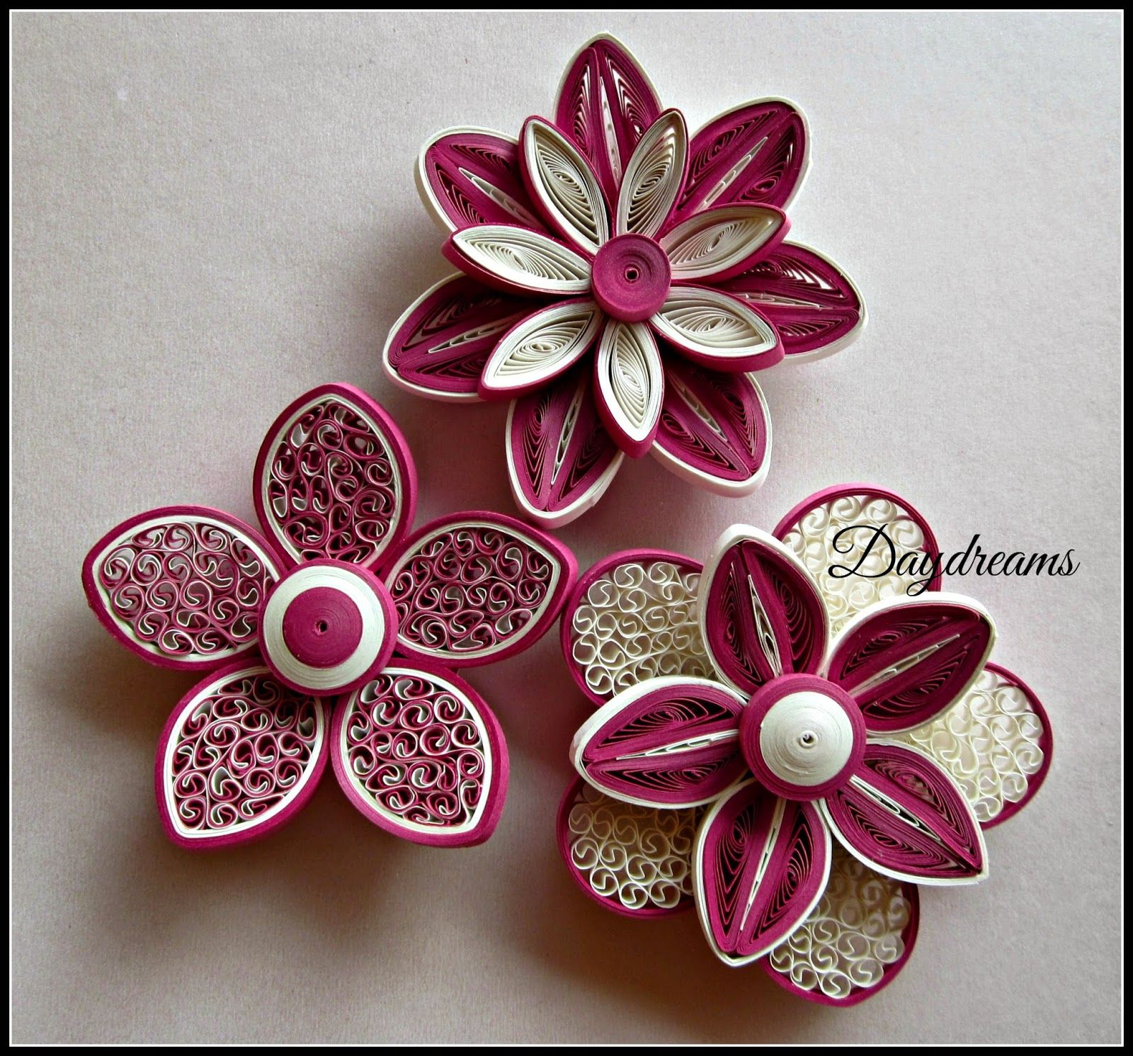 Daydreams for my love for quilled flowers quilling for Simple paper quilling designs